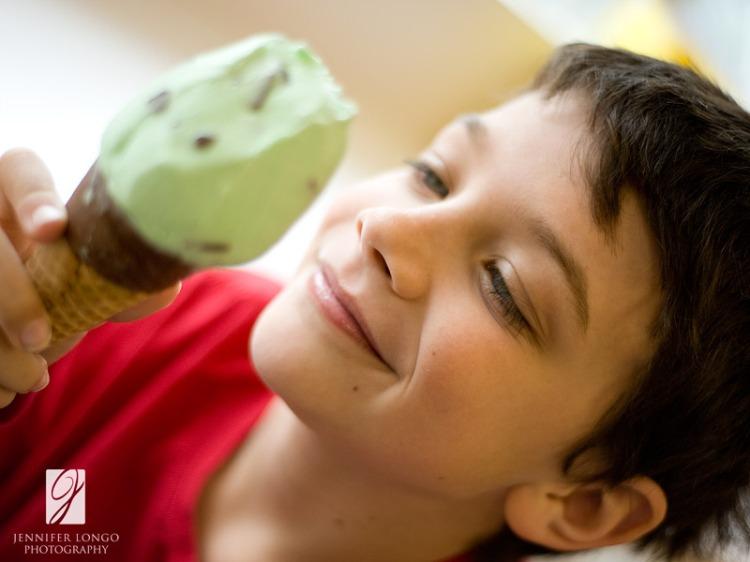 Ice cream staring contest